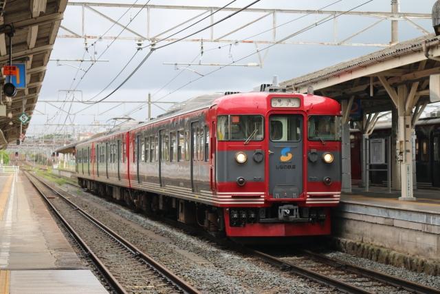 長野駅ー軽井沢駅を走るしなの鉄道